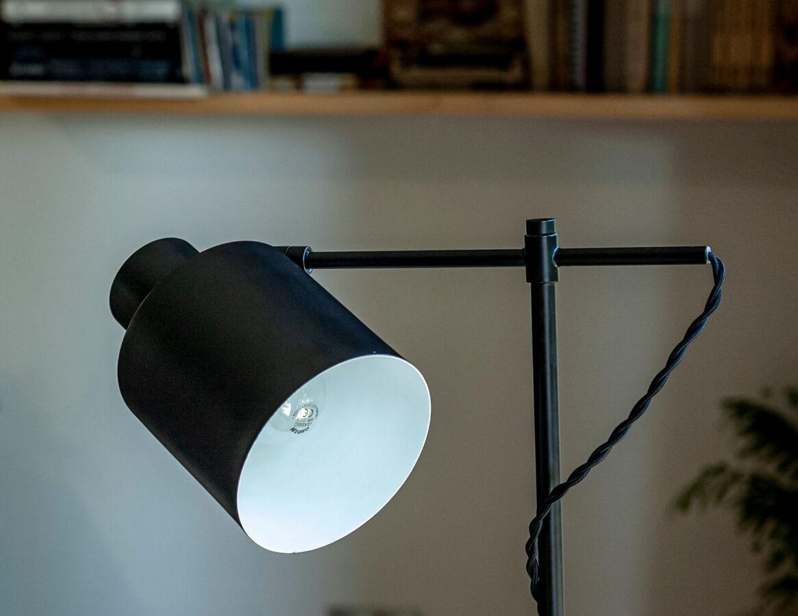 Stalinis šviestuvas BLACK-T0025
